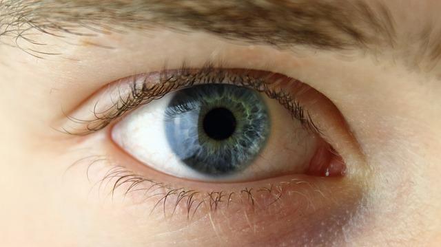 בדיקות ראייה ביתיות