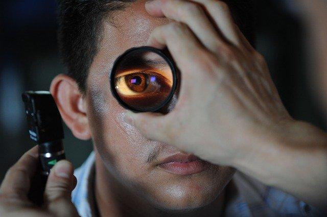 כל כמה זמן מומלץ לעשות בדיקת עיניים?