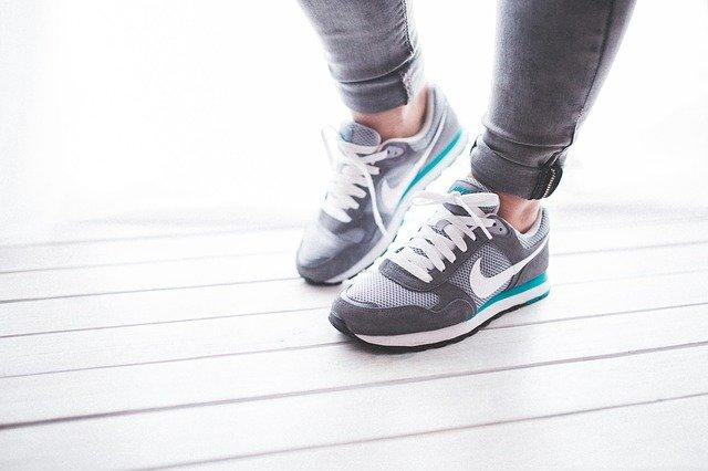 3 מותגים של נעלי ריצה של הכרתם