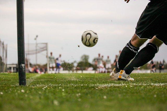 איך לפתח ולתחזק קריירה בכדורגל?
